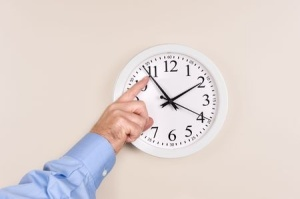 + clock Resetting Nov 09 6686168_s